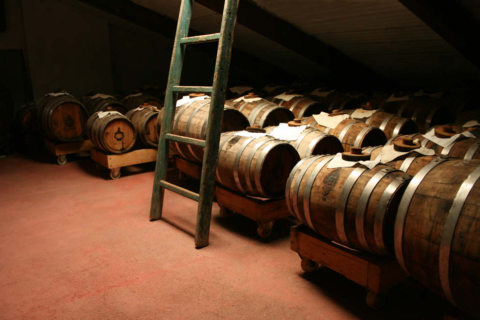 Barrels in acetaia
