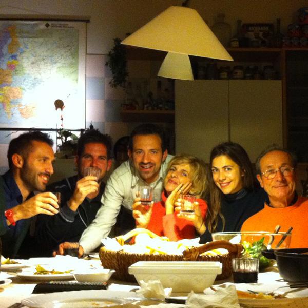 Emiliano, Turner, Emilio, Irene, Aurora e Claudio.
