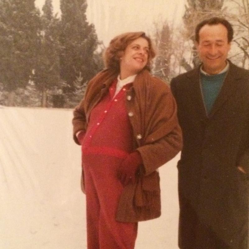 Nel 1976 ha frequentato il corso di laurea in scienze grafologiche all'università di Urbino dove ha incontrato Irene, l'amore della sua vita con cui ha avuto due figli: Emilio e Aurora.